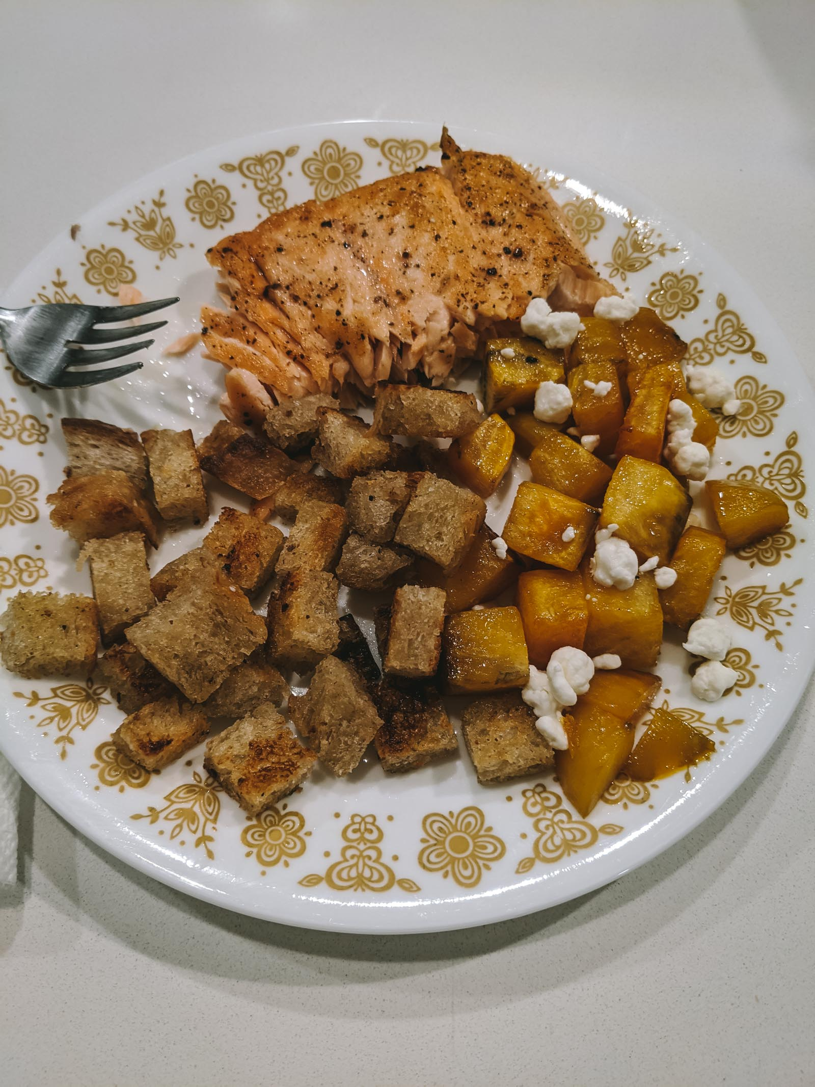 Salmon + beets + croutons