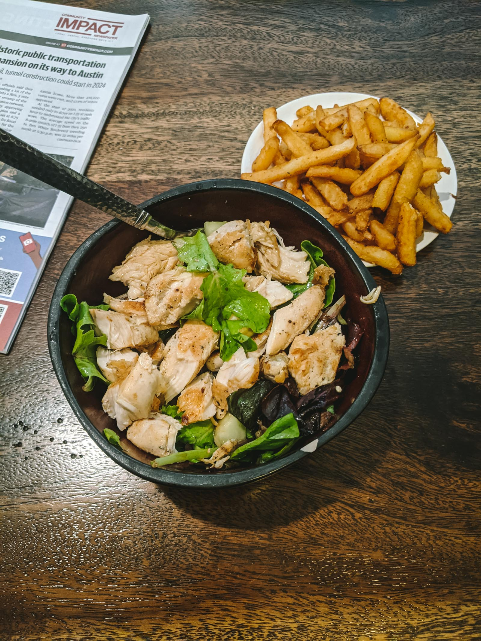 Salad with chicken + french fries